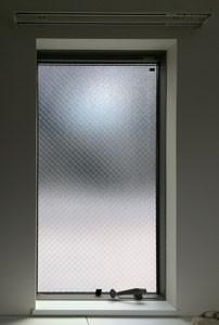 洋室レール小窓